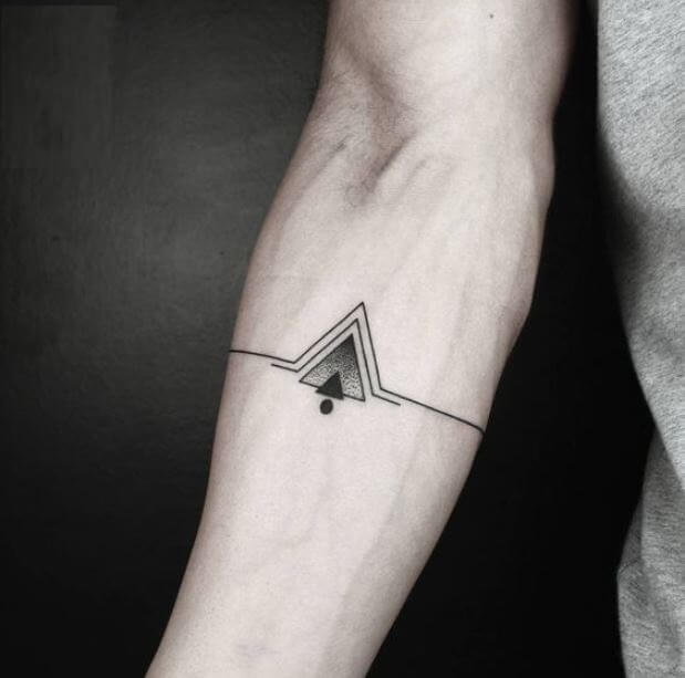 75+ Best Small Tattoos For Men (2019) Simple Cool Designs