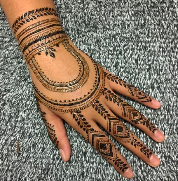Easy Henna Tattoos