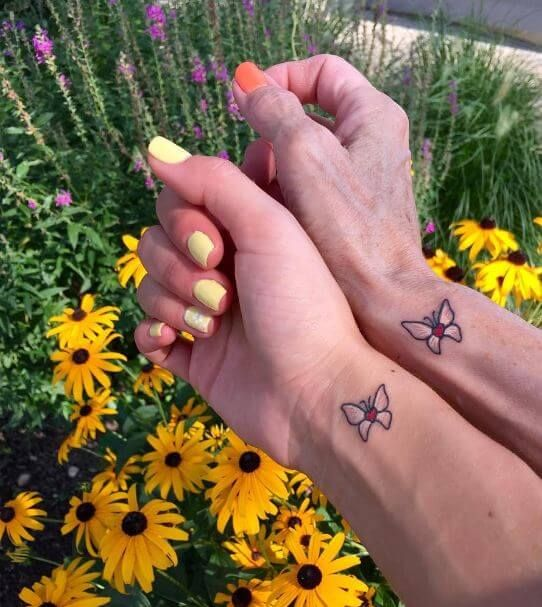 Small Matching Tattoo For Mother And Daughter (9)
