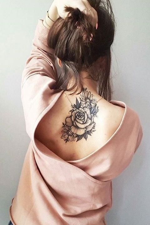Nacken frauen tattoos Tattoo am