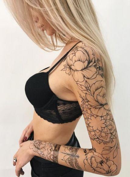 Schöne rücken tattoos für frauen