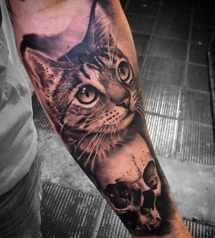 Small Simple Bull Tattoo Designs (91)