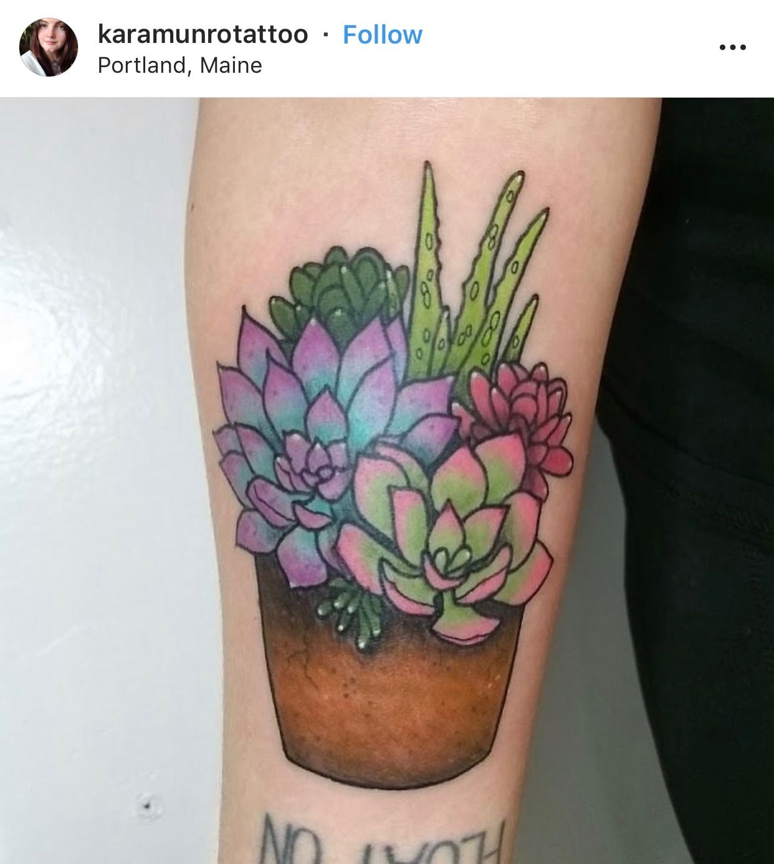 Small Simple Cactus Tattoo Designs (127)