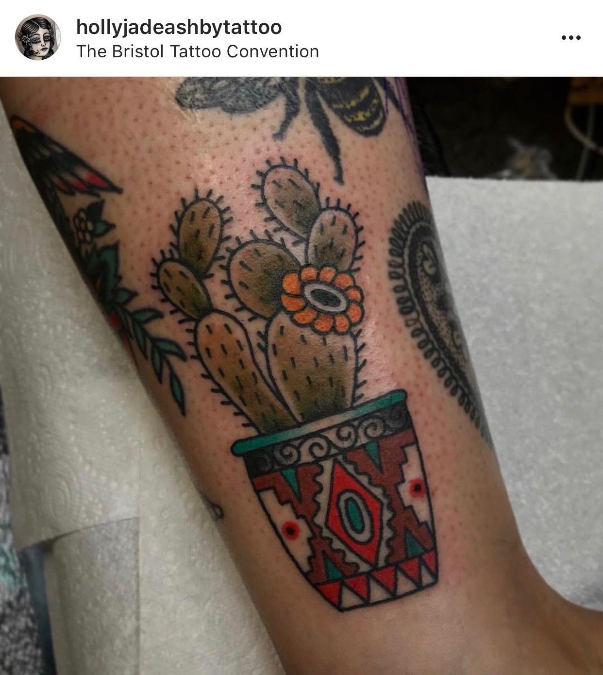 Small Simple Cactus Tattoo Designs (201)